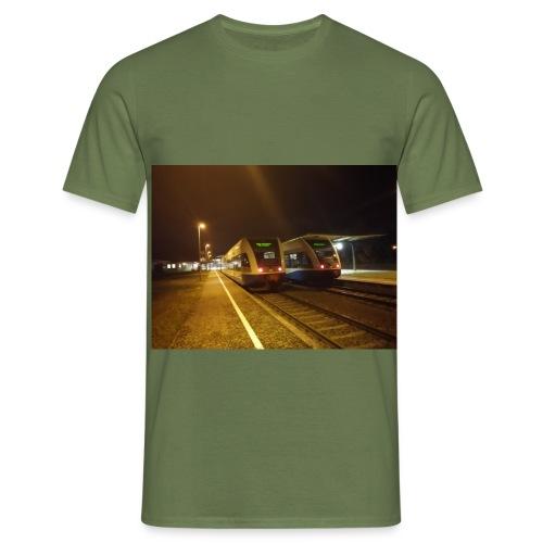 Br 646 - Männer T-Shirt