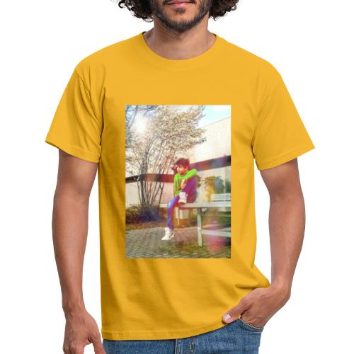 Chill und genieß die Stille - Männer T-Shirt