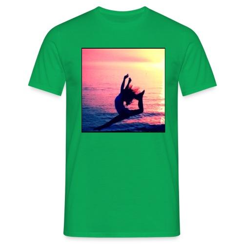 B3E53465 64D2 4276 B698 EB6753FB0DD3 - Men's T-Shirt