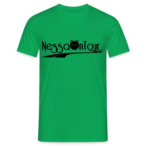 NessaOnTour - Männer T-Shirt