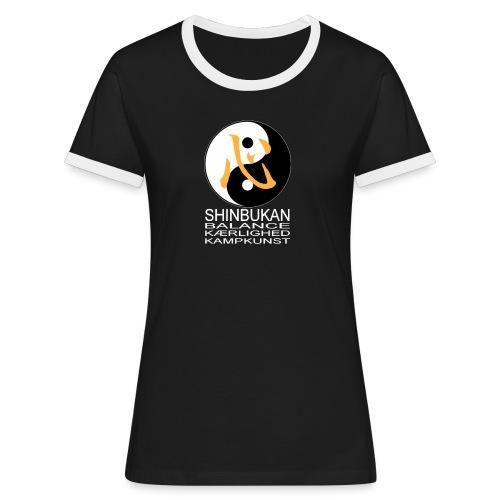Shinbukan Tai Chi og tegnet for Kokoro hvidt tryk - Dame kontrast-T-shirt