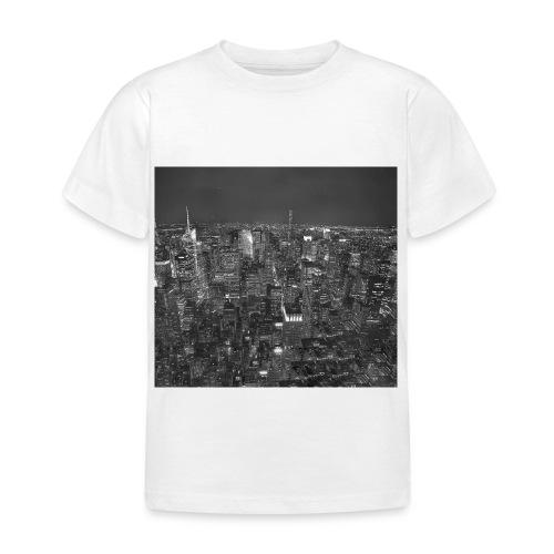 Manhattan at night - Børne-T-shirt