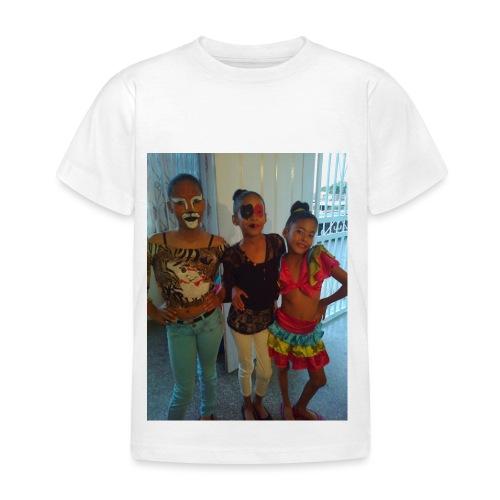 16836465 10212265087321751 6800250659166245572 o - Camiseta niño