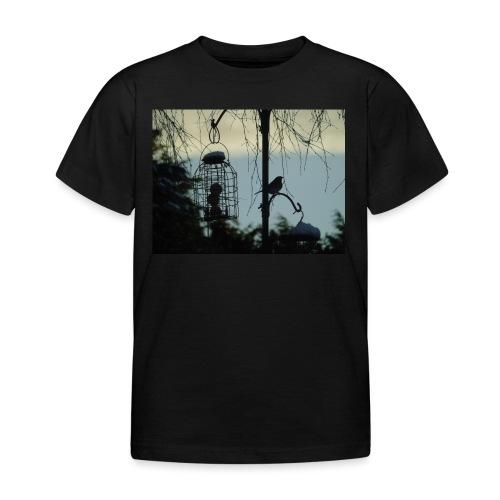 A winter bird - Kids' T-Shirt