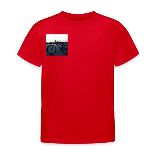 Motyw 2 - Koszulka dziecięca