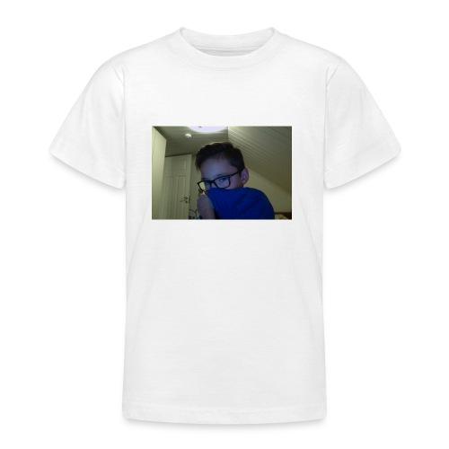 Barne klær - T-skjorte for tenåringer