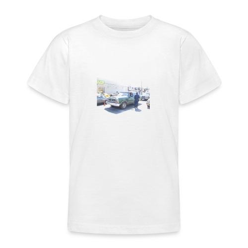 bommer4243cascert40983follon65657893vosico840goku0 - Camiseta adolescente