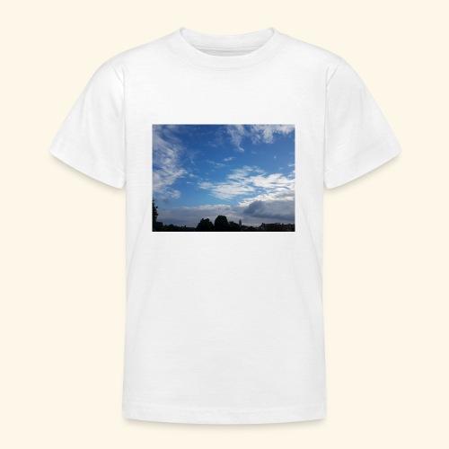 himmlisches Wolkenbild - Teenager T-Shirt