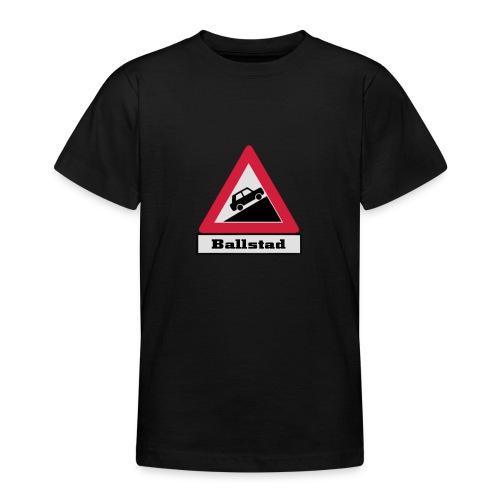 brattv ballstad a png - T-skjorte for tenåringer
