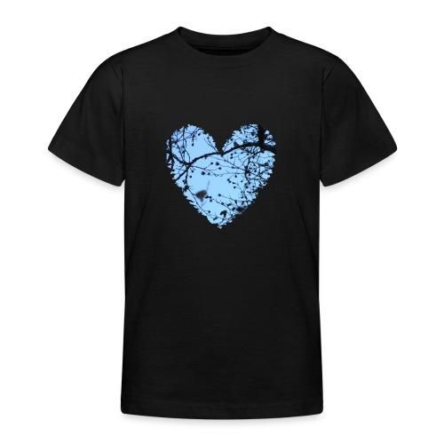 hart met boom takken en blauwe lucht, love t-shirt - Teenager T-shirt