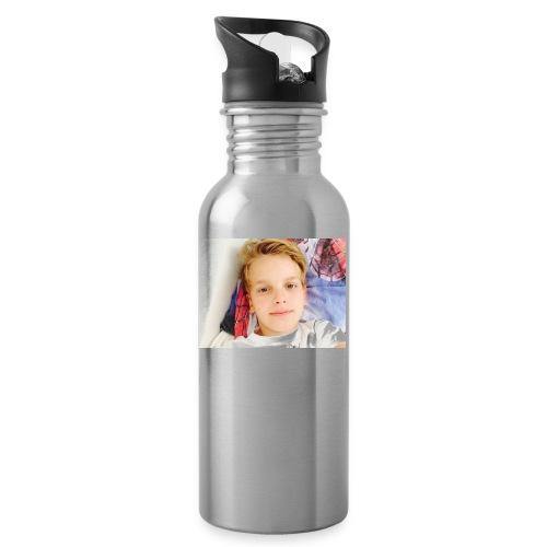 first design - Drikkeflaske med integreret sugerør