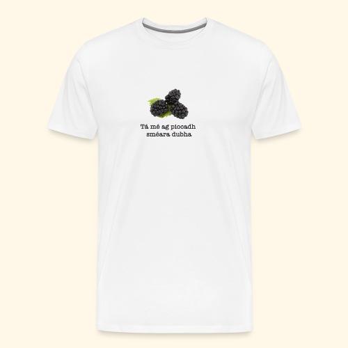 Picking blackberries - Men's Premium T-Shirt