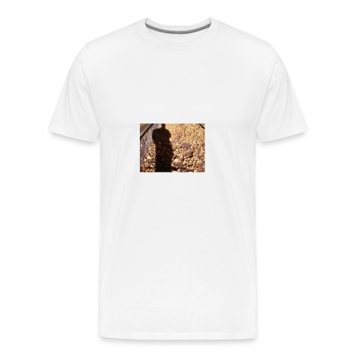 THE GREEN MAN IS MADE OF AUTUMN LEAVES - Men's Premium T-Shirt