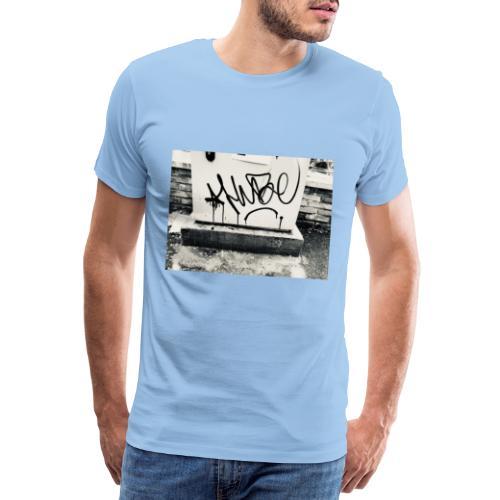 HUBE SB X iorestoacasaArtistiUniti - Maglietta Premium da uomo
