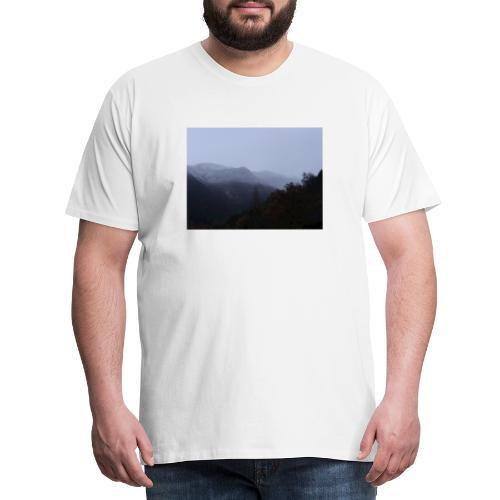 Collina con neve - Maglietta Premium da uomo