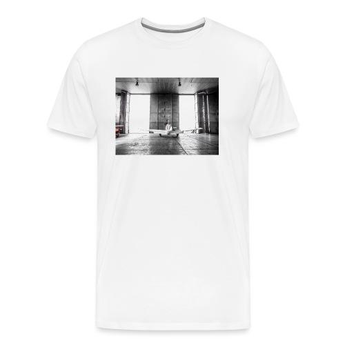 Beech in the hamgar - Men's Premium T-Shirt