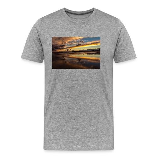 852EF338 6432 4408 AF00 43FA1FE1B6BF - Männer Premium T-Shirt