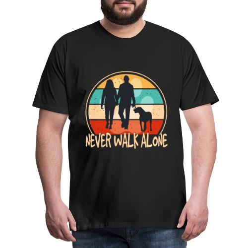 Hundehalter mit Hund Never Walk Alone - Männer Premium T-Shirt