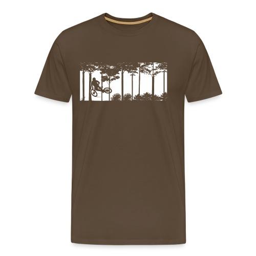 Szene mit Mountainbiker im Wald - Männer Premium T-Shirt