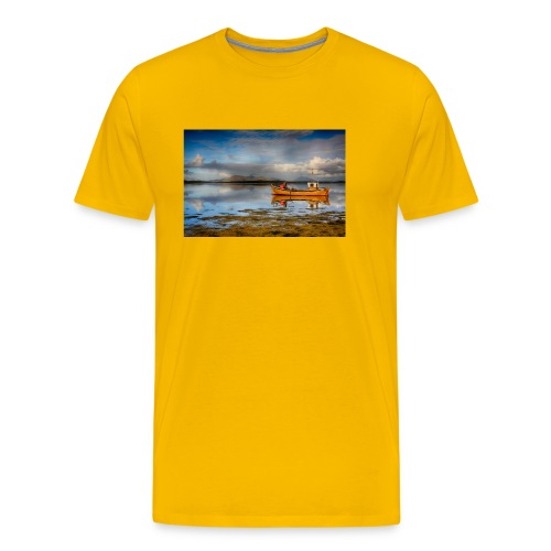yellow boat on the sea over blue sky - Men's Premium T-Shirt