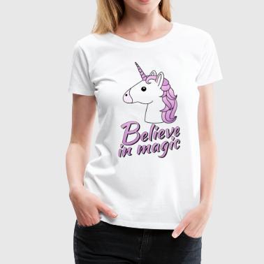 Einhorn Kopf mit Text Believe in magic in flieder - Frauen Premium T-Shirt