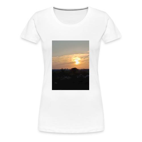 IMG20180328183549 - Women's Premium T-Shirt