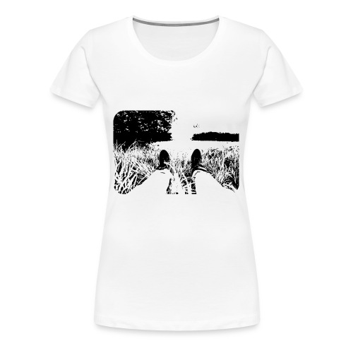 Green Grass in Black and White - Camiseta premium mujer