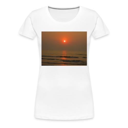 IMG 0729 - Women's Premium T-Shirt