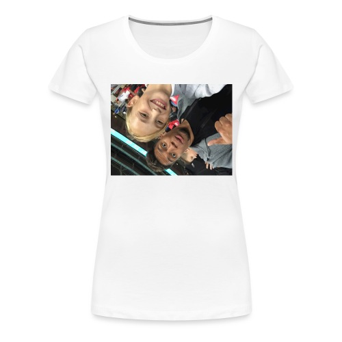 a pic with youtuber - Women's Premium T-Shirt