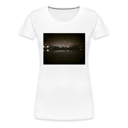 Dark Water View - T-shirt Premium Femme