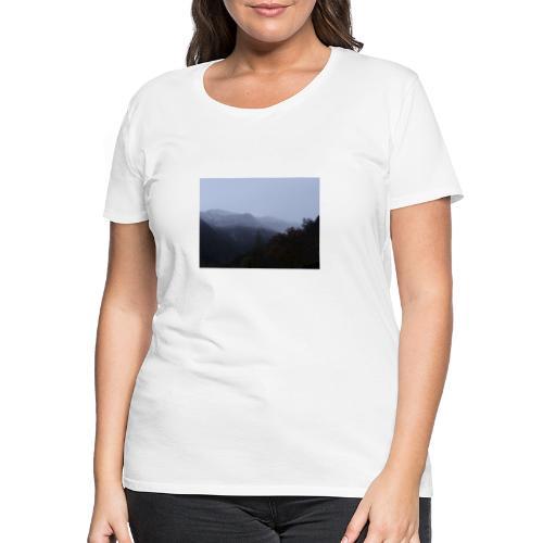 Collina con neve - Maglietta Premium da donna