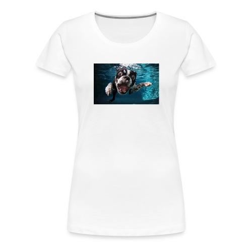 Svømmende hund - Premium T-skjorte for kvinner