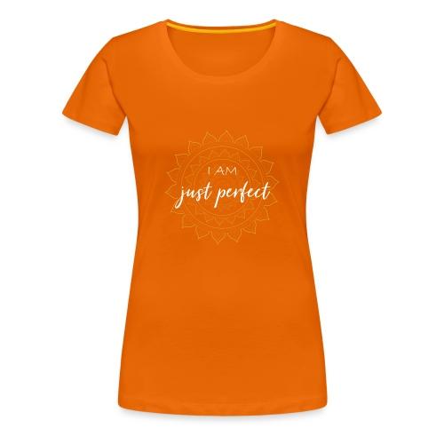 I am just perfect white gold mandala - Frauen Premium T-Shirt