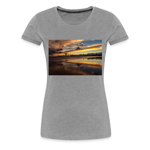 852EF338 6432 4408 AF00 43FA1FE1B6BF - Frauen Premium T-Shirt