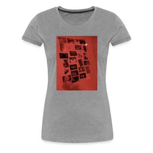 Red Grunge Night T-shirt - Women's Premium T-Shirt