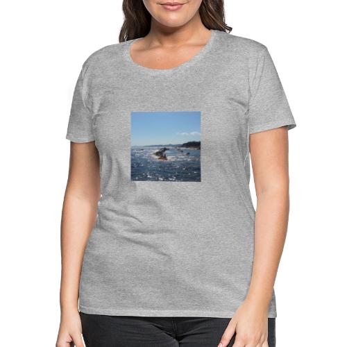 Mer avec roches - T-shirt Premium Femme
