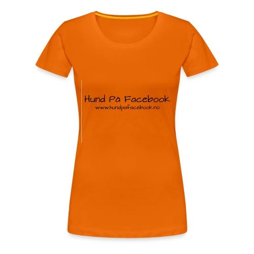 Hund På Facebook - Premium T-skjorte for kvinner