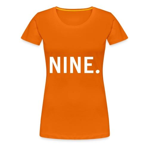 Nine Snapback - Vrouwen Premium T-shirt