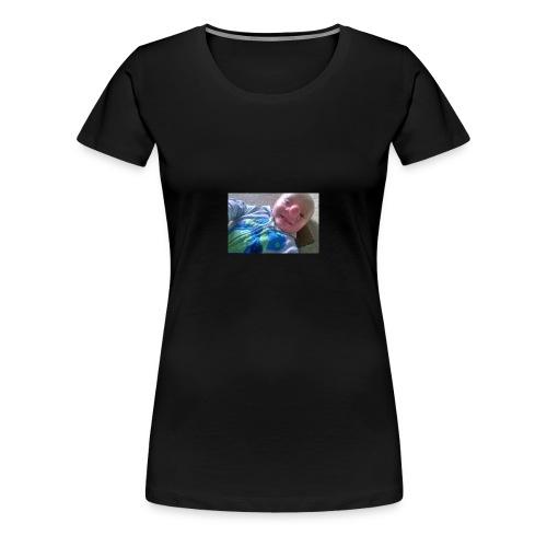 baby-boy-ollie-called-reallife-pinocchio-after-bra - Premium T-skjorte for kvinner