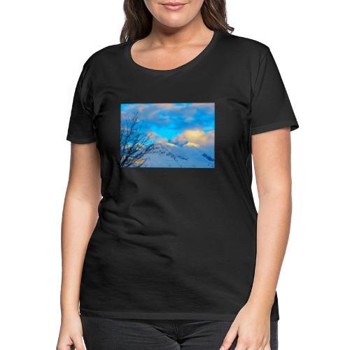 Montagne enneigée sous un coucher de soleil - T-shirt Premium Femme