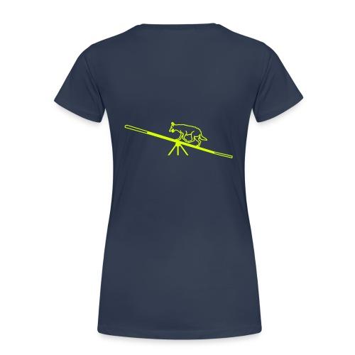Hund auf der Wippe - Frauen Premium T-Shirt