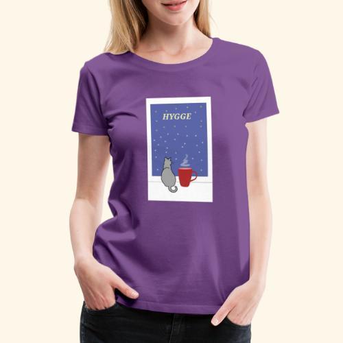 HYGGE kot z ciepłym kakao w oknie - Koszulka damska Premium