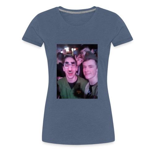 b8f9f76d e1cc 410d b491 537154488c9f - Vrouwen Premium T-shirt