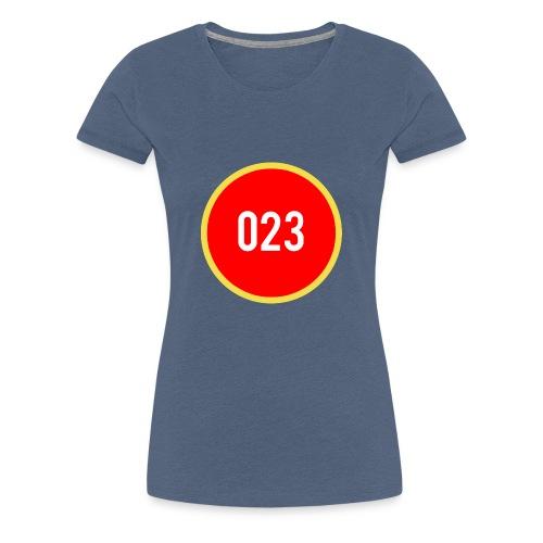 023 logo 2 - Vrouwen Premium T-shirt