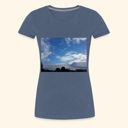 himmlisches Wolkenbild - Frauen Premium T-Shirt