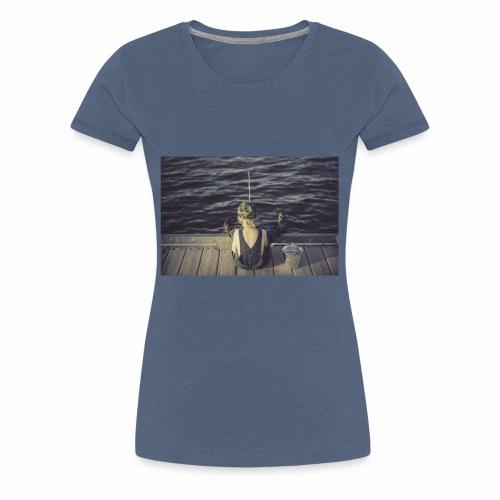 kleines Kind angelt - Frauen Premium T-Shirt