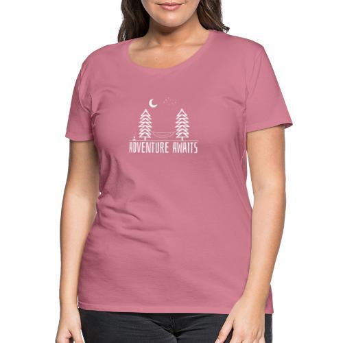 Adventure awaits wit - Women's Premium T-Shirt