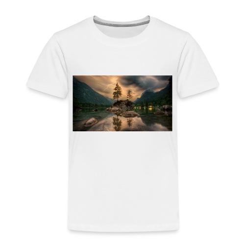 B27E19A6 D761 498C B2D7 1FF201233B2C - Kinder Premium T-Shirt