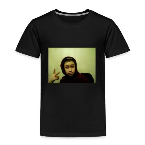 3 - Premium-T-shirt barn