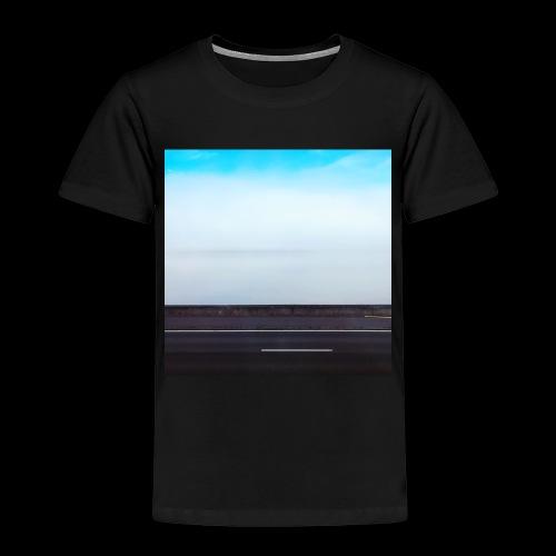 FB637FC2 3C39 4EE1 9280 4A1DC2832A74 - Kinder Premium T-Shirt